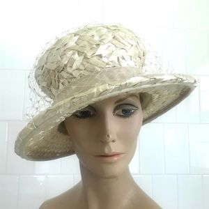 Vintage 1950's cream straw wide brim sun hat